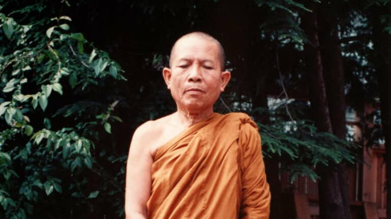Ajahn Suwat on Right Concentration